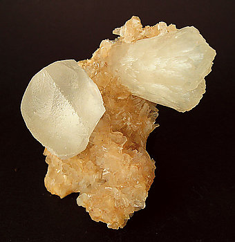Stilbite-Ca with Calcite and Heulandite-Ca.