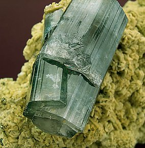 Fluorapatite with Siderite and Mica. Top