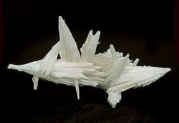 Scolecite with Fluorapophyllite-(K). Rear