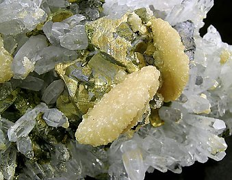 Chalcopyrite with Calcite and Quartz.