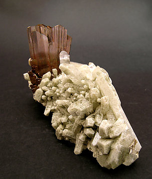 Brookite on Quartz with inclusions. Front