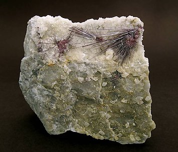 Kermesite on Calcite.