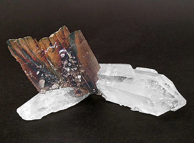 Brookite on Quartz. Rear