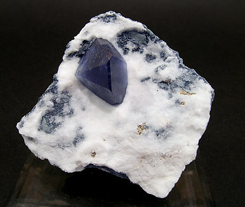 Benitoite on Natrolite. Front
