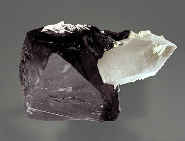 Scheelite with Quartz and Dolomite. Top