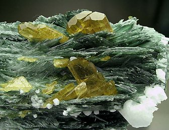 Epidote with Diopside and Albite.