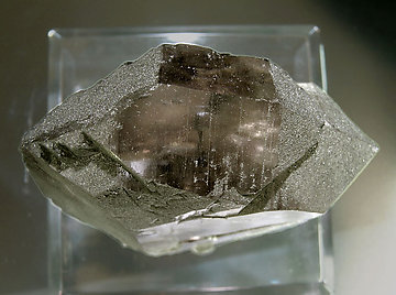 Quartz (variety smoky and gwindel) with Chlorite. Top