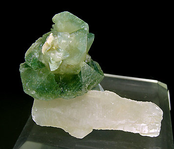 Hydroxylapatite with Quartz and Orthoclase.