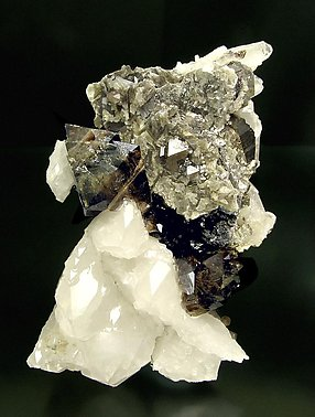 Scheelite with Quartz, Muscovite and Arsenopyrite. Front