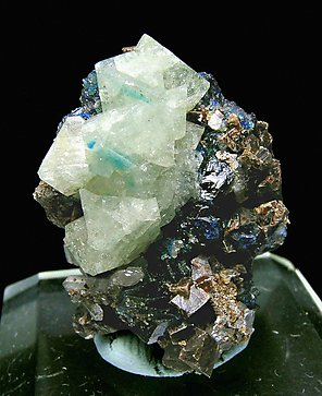 Wardite with Lazulite and Siderite.