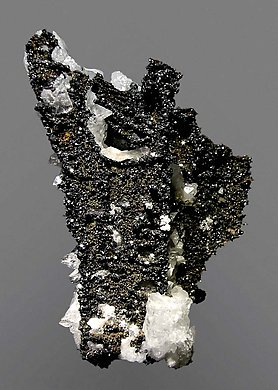 Descloizite with Calcite. Front