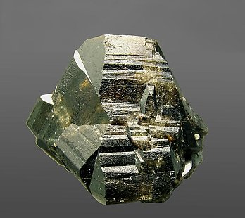 Twinned Cassiterite. Front