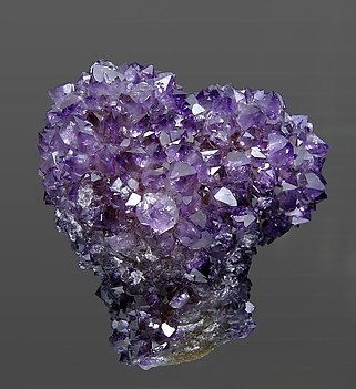 Quartz (variety amethyst) with Calcite. Rear