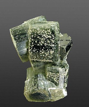 Fluorapatite with Ferberite and Muscovite. Front