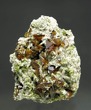 Titanite with Albite.