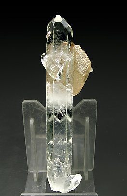 Dolomite with doubly terminated Quartz. Rear