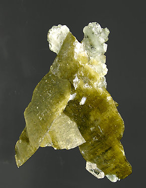 Siderite with Quartz and Fluorapatite. Front