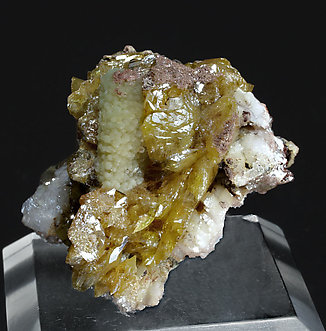 Wulfenite with Mimetite and Calcite. Side