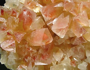 "Calcite ""phantom""."