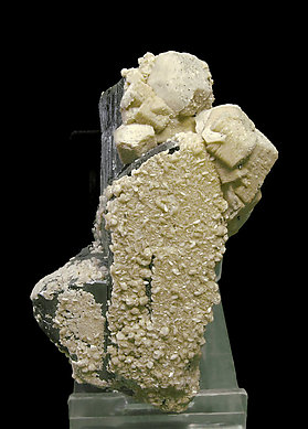 Ferberite with Siderite. Side