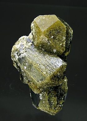 Vesuvianite with Grossular. Front