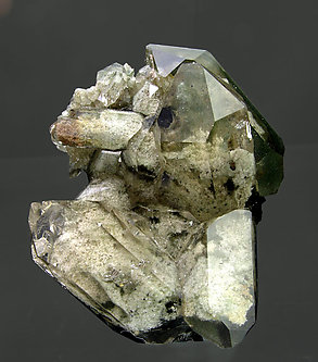 Quartz (variety smoky) with inclusions and Chlorite. Side