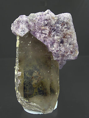 Octahedral Fluorite with Quartz and Mica. Front