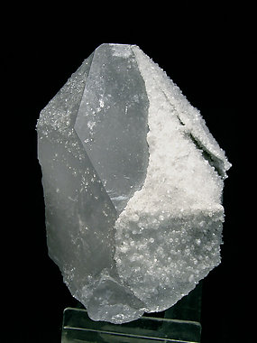 Quartz with Fluorapophyllite-(K).