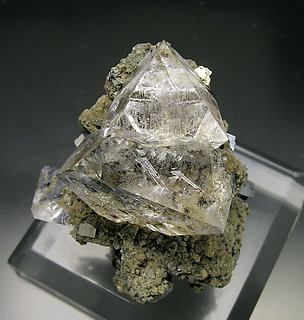 Octahedral Fluorite with Galena and Siderite. Top