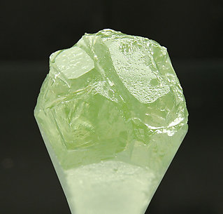 Doubly terminated Beryl (variety aquamarine). Top
