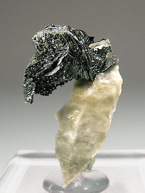 Hematite with Calcite.