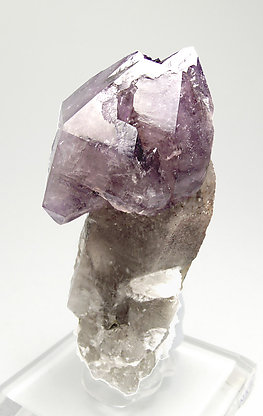 "Quartz (variety amethyst) ""scepter"" with smoky Quartz and Albite. Side"