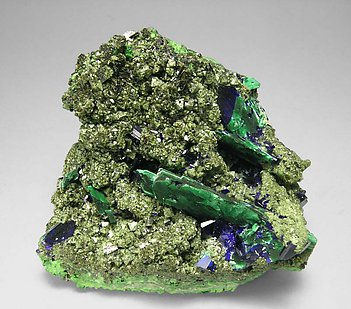Olivenite with Azurite, Malachite and Duftite.
