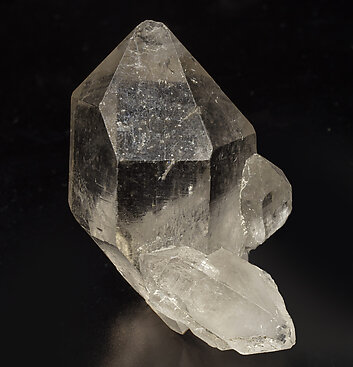 Doubly terminated smoky Quartz. Front