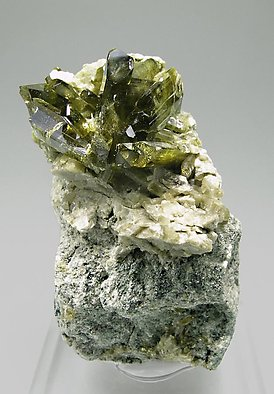 Epidote with Diopside.