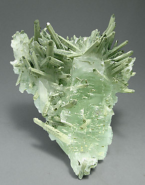 Fluorite with Quartz and Mica.