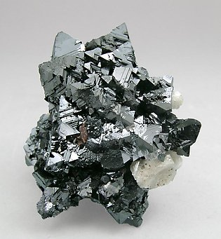 Hausmannite with Calcite.