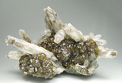 Quartz with Andradite.