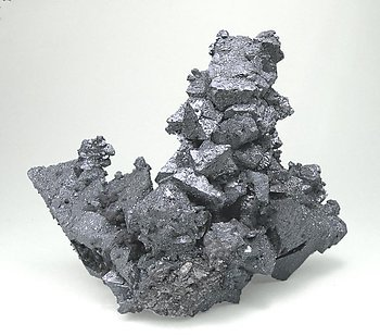 Hematite after Magnetite (variety martite). Rear