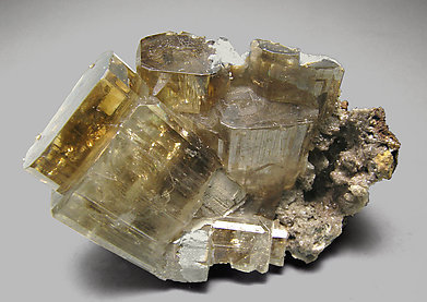 Phosgenite with Cerussite. Front