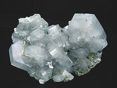 Fluorapatite with Siderite and Pyrite. Front