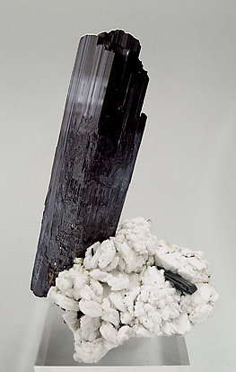 Arfvedsonite with Albite.