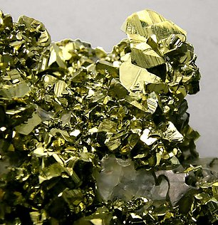 Chalcopyrite with Sphalerite, Calcite and Galena.