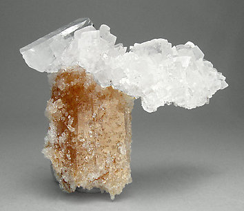 Magnesite with Quartz and inclusions.