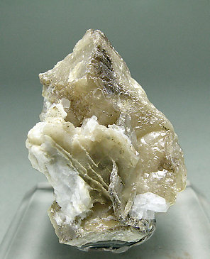 Wulfenite (variety chillagite) with Baryte.