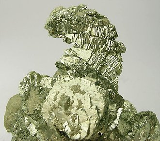 Epitactic Arsenopyrite-Marcasite with Pyrite.