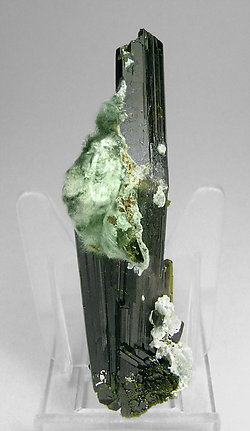 Epidote with Byssolite. Rear