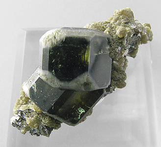 Fluorapatite with Muscovite and Arsenopyrite. Top