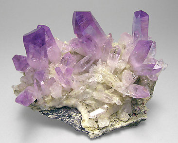 Quartz (variety amethyst) with Epidote.