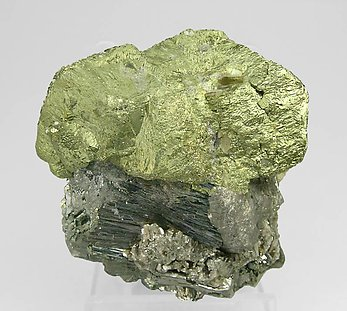 Chalcopyrite with Arsenopyrite, Siderite and Muscovite. Front